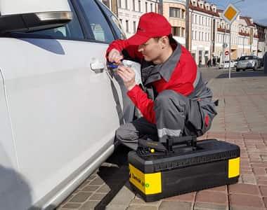 вскрытие машины в Красногорске